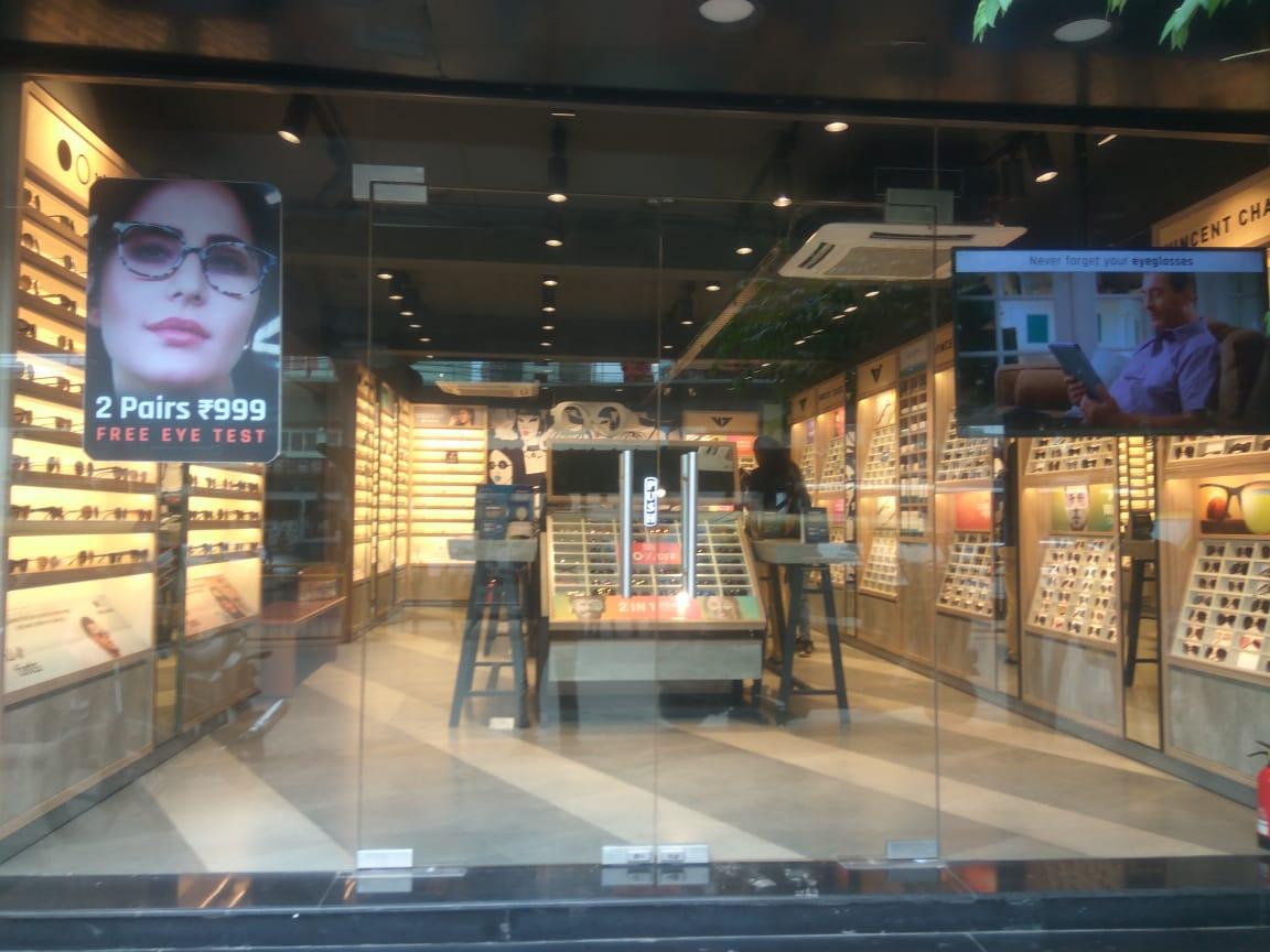 Lenskart.com - Hosur Main Road, Bengaluru