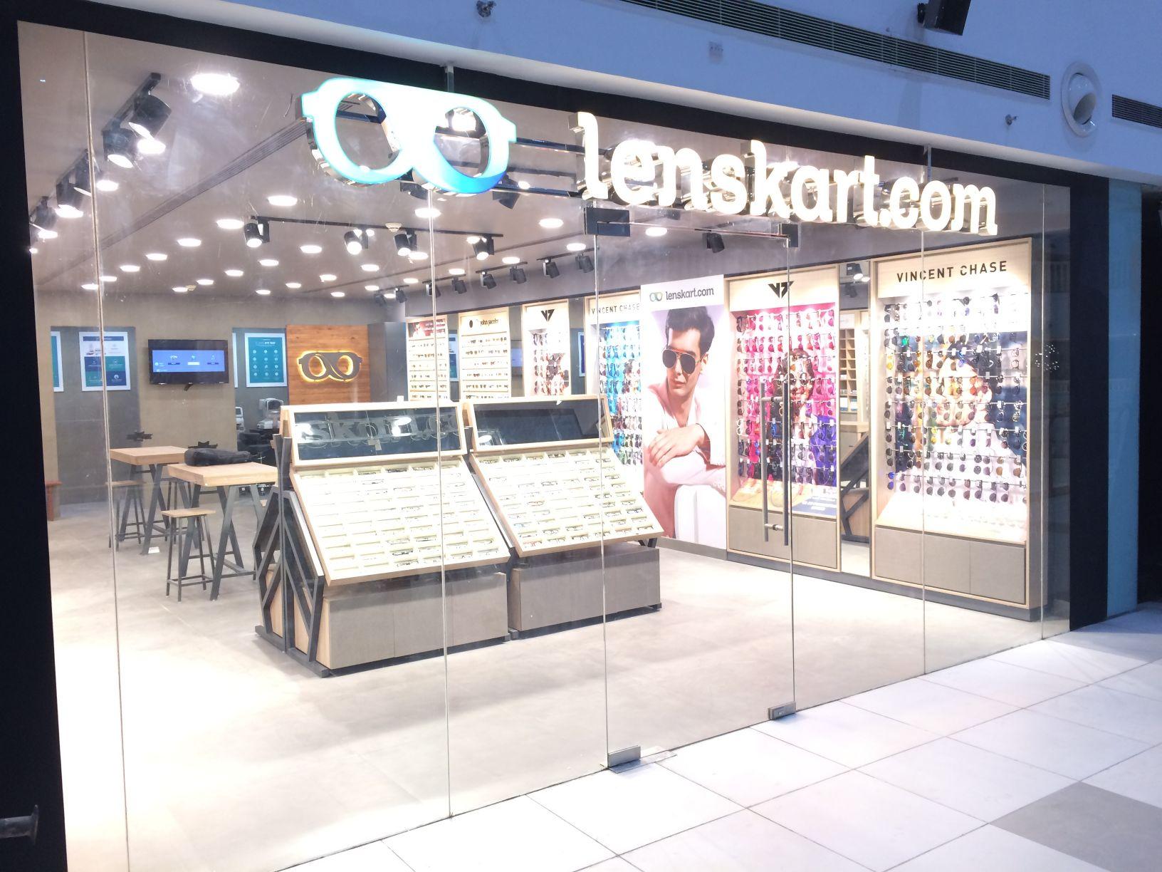 Lenskart.com - Omaxe Connaught Place Mall, Beta 2, Greater Noida