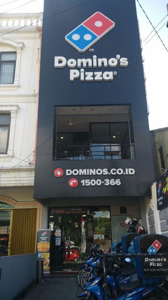 Domino's Pizza - Kec Tebet, Jakarta Selatan