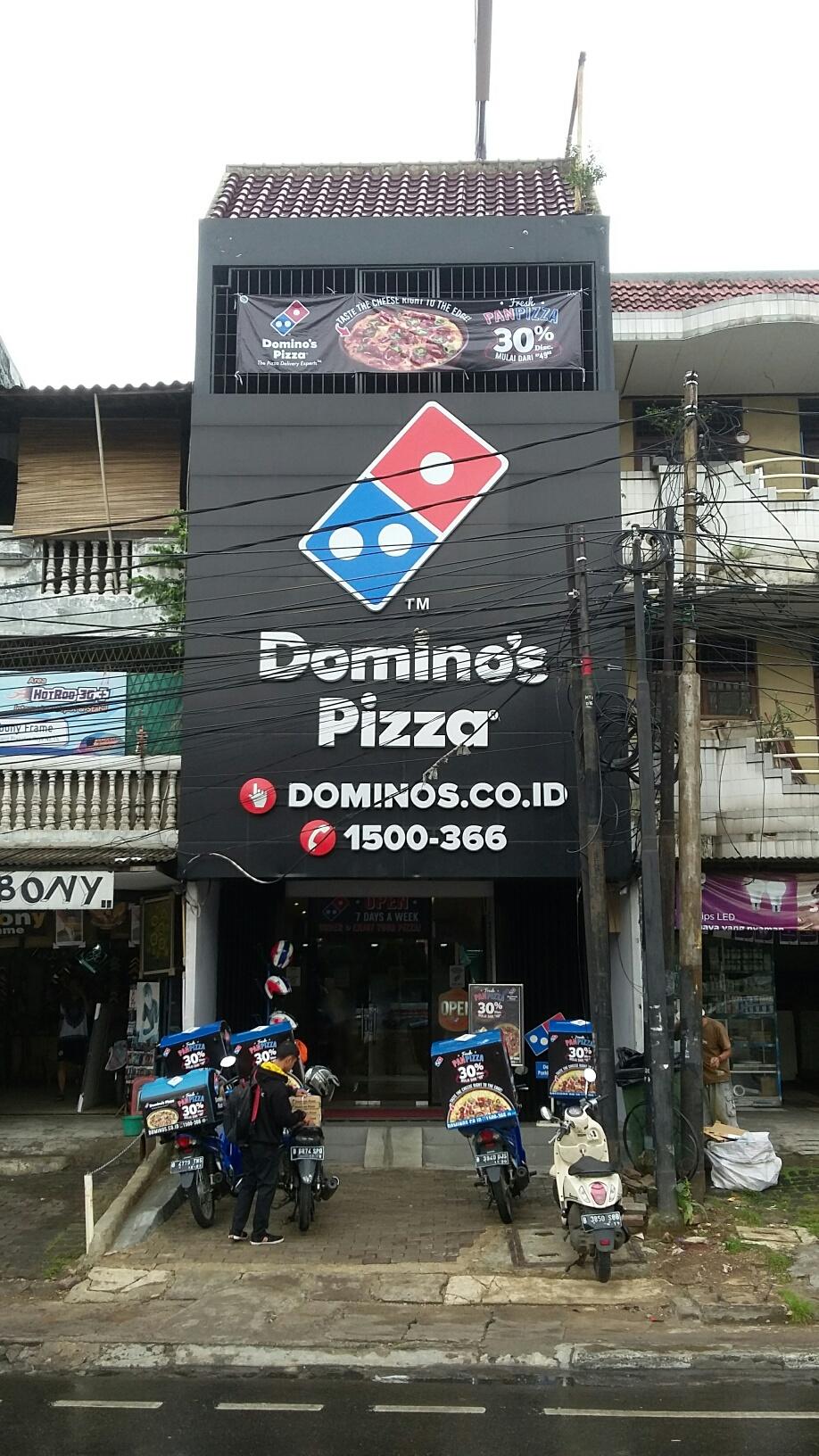 Domino's Pizza - Mampang Prpt, Jakarta Selatan