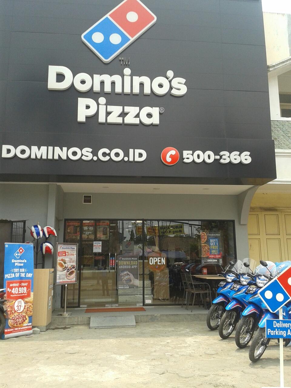 Domino's Pizza - Margacinta, Bandung