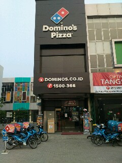 Domino's Pizza - Pamulang, Tangerang Selatan