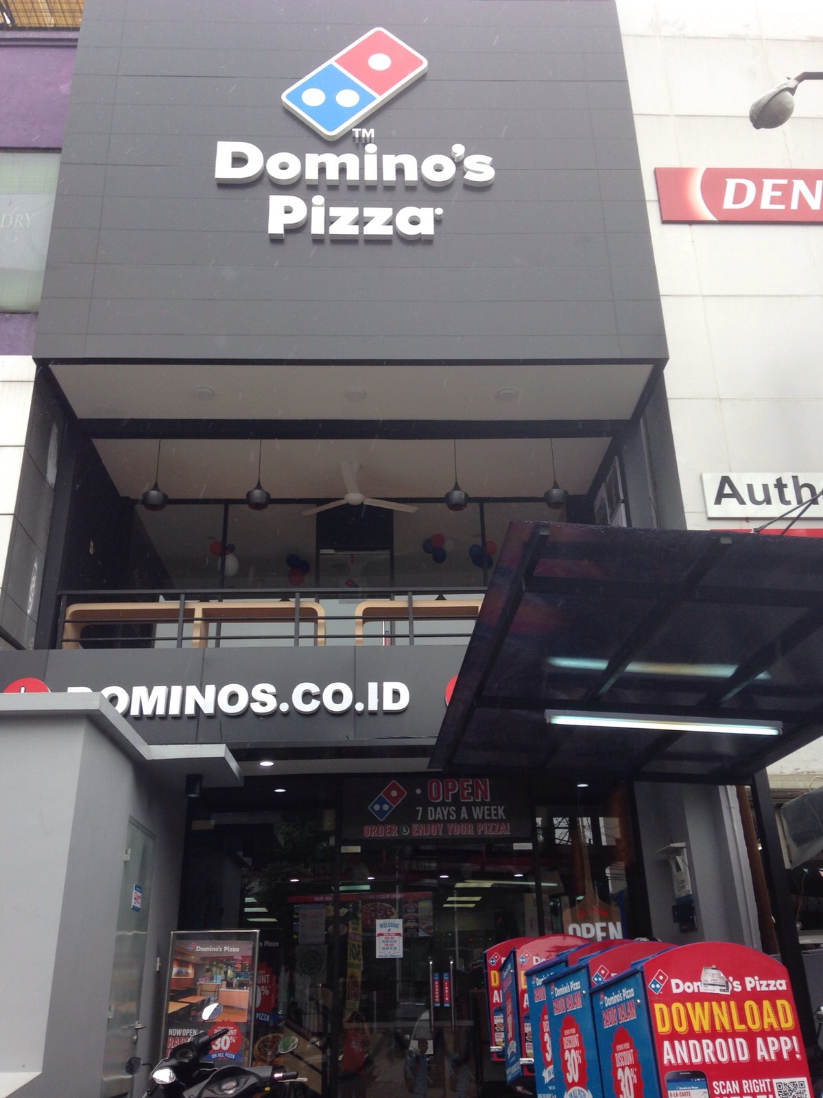 Domino's Pizza - Gandaria Utara, Jakarta Selatan