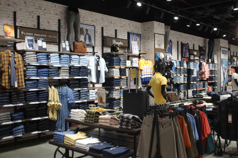 Lifestyle Stores - Lower Parel, Mumbai
