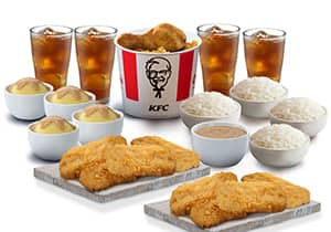 4-PC BUCKET MEAL WITH CHICKEN CHOPS